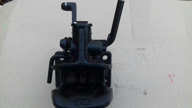 Zaczep do przyczepy lub maszyny rolniczej Rockinger typ 245 B Nowy