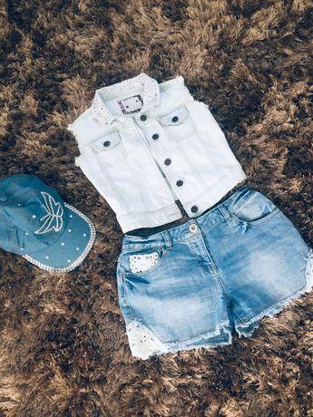 Стильная джинсовая жилетка.