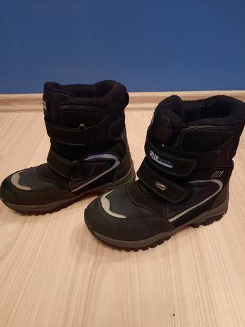 Зимние ботинки на мальчика.