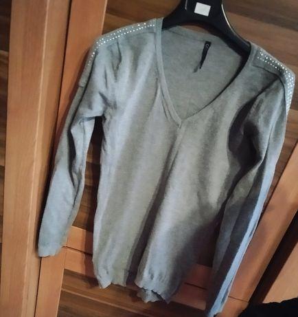 Szary sweterek rozmiar S
