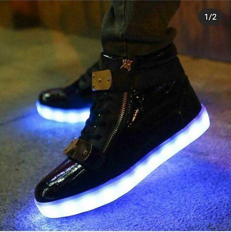 Светящиеся кроссовки лед led (кроссовки со светящейся подошвой) высоки