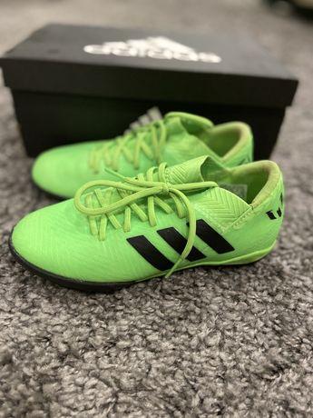Футбольные кроссовки Adiddas messi