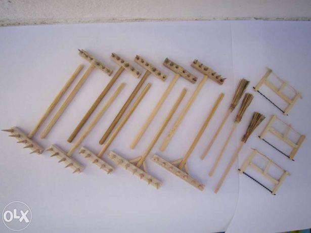 16 Acessórios para Presépio - Ferramentas miniaturas