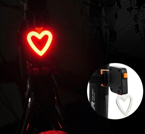 Lampka tylna rowerowa serce LED stroboskop z ładowarką