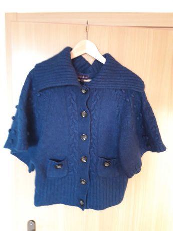 Morski sweter z wełny
