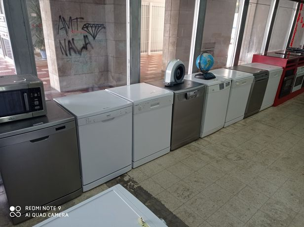 Máquina de lavar loiça e roupa
