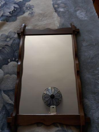 lustro w dębowej ramie duże