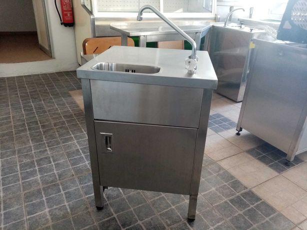 Bancada de lavagem com porta ACM10- Usado