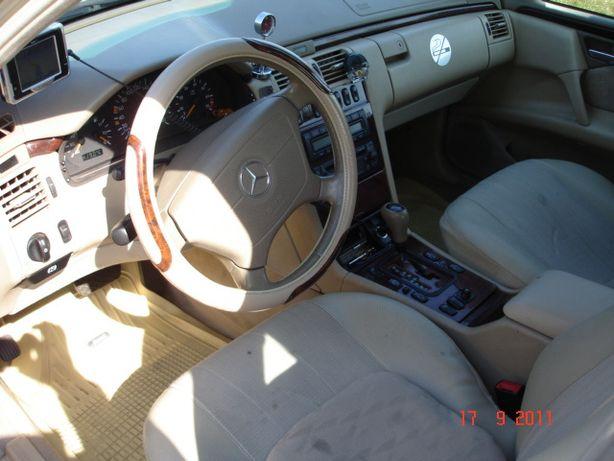 Pokrowce samochodowe Mercedes W 210