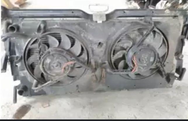 Радиатор охлаждения с вентиляторами на volkswagen transporter 4 1.9 тd