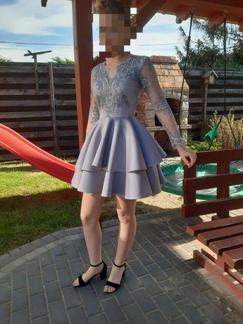 Szara sukienka z koronka