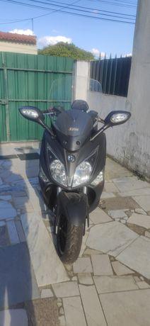 Scooter Sym GTS 125 I