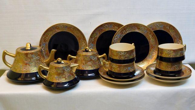 Serviço de chá Japonês Satsuma, decorado com uma borda dourada