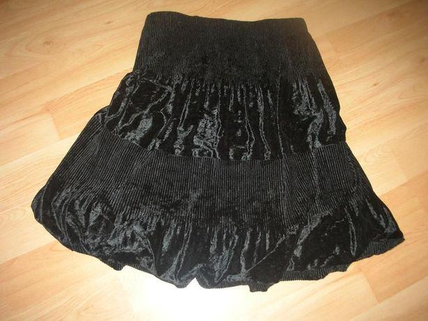 Spódniczka czarna na gumie