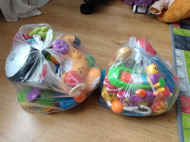 Zabawki, gryzaki, grzechotki