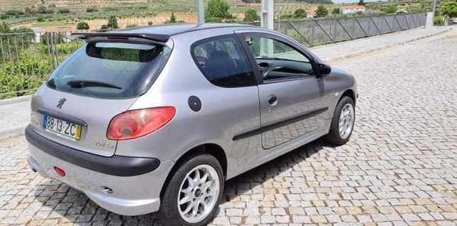 Peugeot para troca