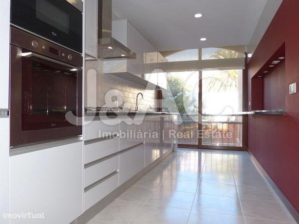 Apartamento T2 para Arrendar em Cascais (Gandarinha)