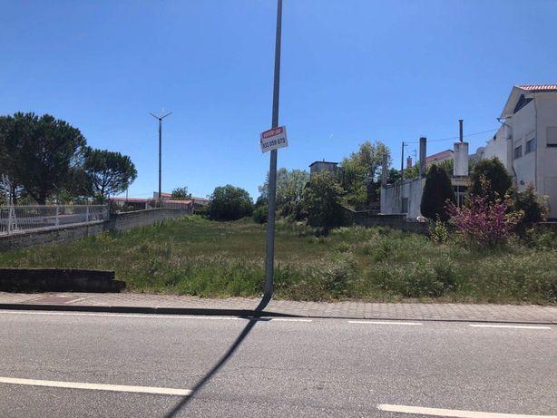Terreno - Lote 1400 m2 - Vilar Formoso