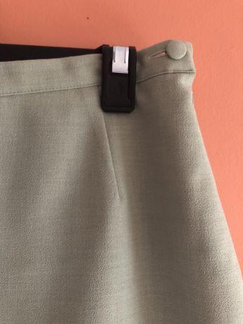 Elegancka pistacjowa spódnica