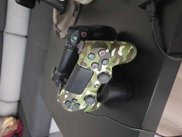 PlayStation 4 PRO, 2 PADY, Stacja Ładowania+ 12 GIER