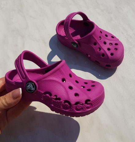 Босоножки,сандалии crocs для девочки