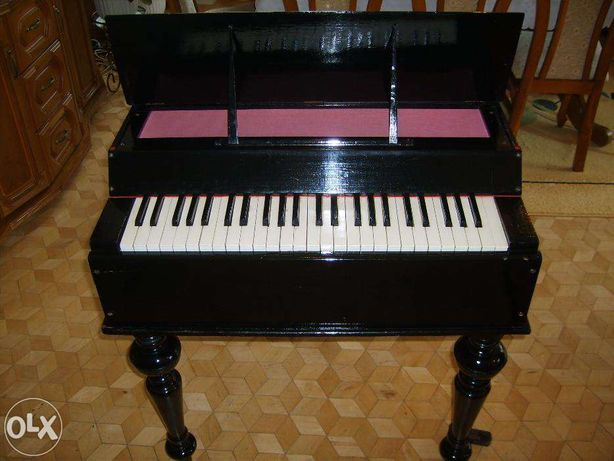 Mały lekki fortepian z ok. 1900 roku - SPRZEDAM