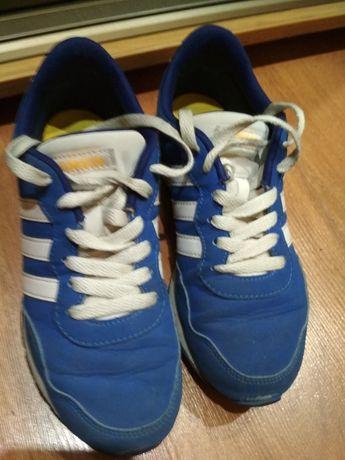 Кроссовки Adidas подростковые