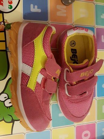 Buty sportowe dziecięce bejo 24 nowe