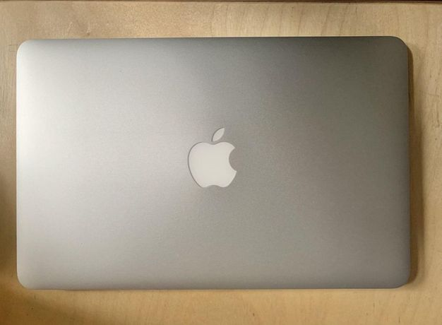 "Ноутбук Apple Macbook air 11"" 2013 1.3 4 GB RAM 128 GB SSD"