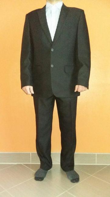 Czarny garnitur męski 172/174 cm