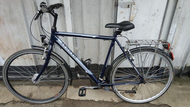 Продам немецкий треккинговый велосипед Passat Quanto