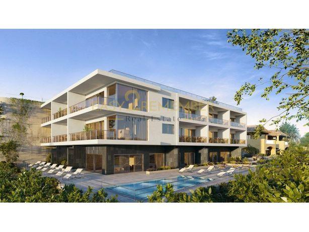 Apartamentos novos com vista mar, piscina e garagem