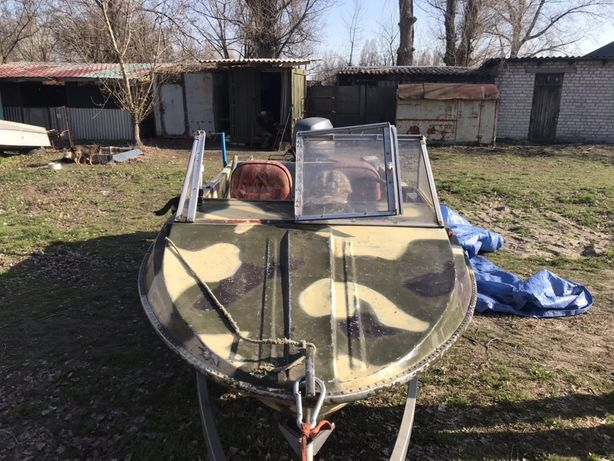 Продам лодку Крым-М