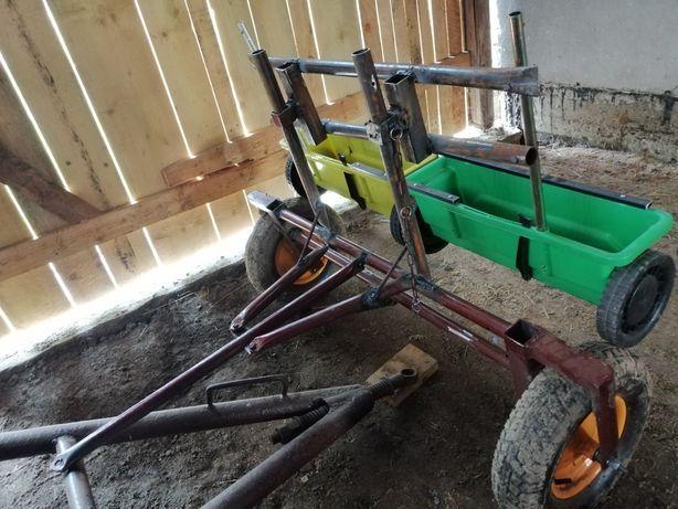 NOWOŚĆ Siewnik do trawy z dyszlem, ogród, traktorek