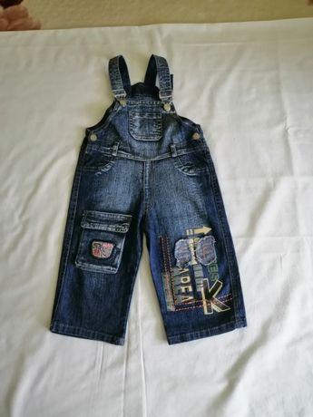 Комбинезон джинсовый на мальчика 4-5 лет