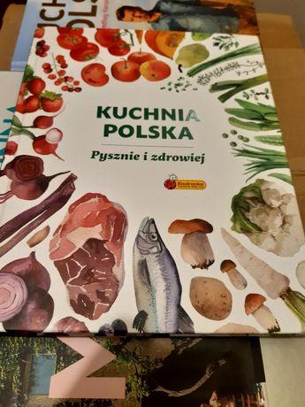 Książki kucharskie ( Lidl i Biedronka) 4 szt.