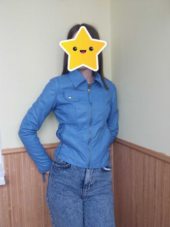 Куртка на весну для дівчини 11-13 років