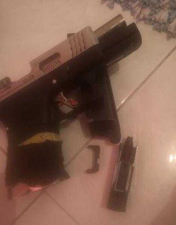 Vendo réplica glock19 we.t