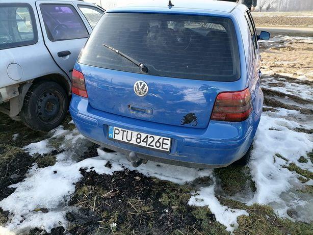 Zderzak tylny Vw Golf 4 LW52 europa