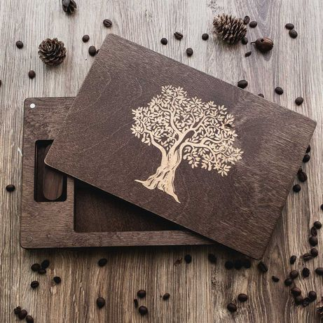 Коробка из дерева для фотографий. Подарочная упаковка для фото