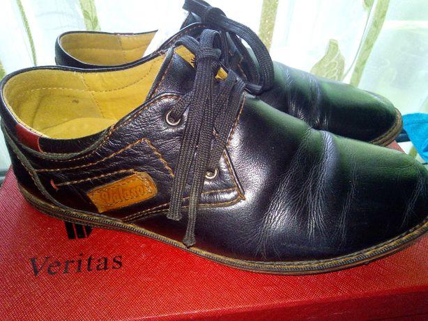 черные кожанные туфли мальчику 36р