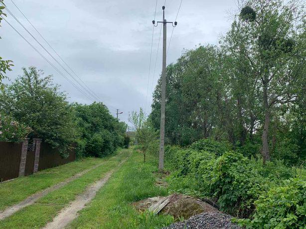 12 соток с коммуникациями в Безрадычах (17 км от Киева)
