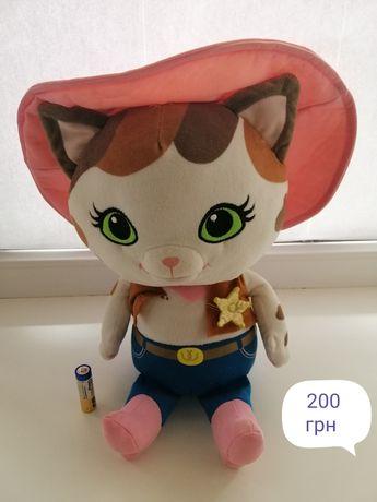 Мягкая интерактивная игрушка Кошечка Келли- шериф