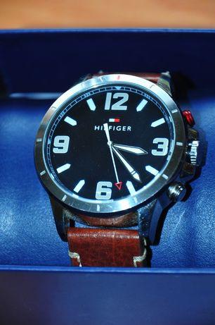 zegarek Tommy Hilfiger TH24/7 hybryda Smartwatch zegarek