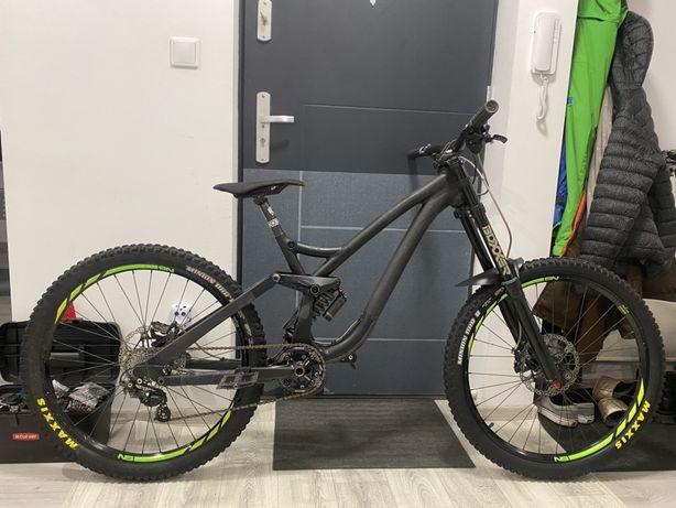 """NS Bikes Fuzz M 27,5"""" boxxer hope zamiana za enduro"""