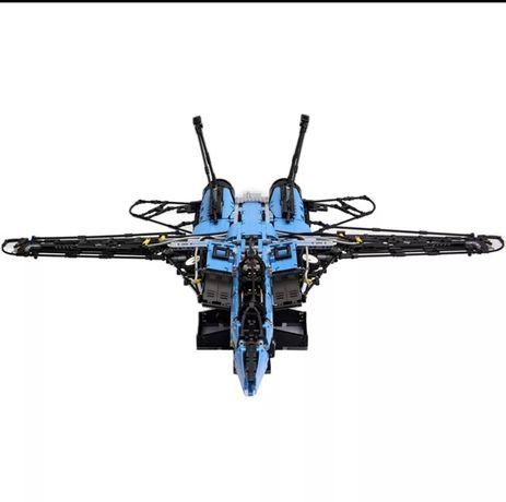Klocki MOC Lepin RC F14Z Fighter 4000 klocków Pneumatyka