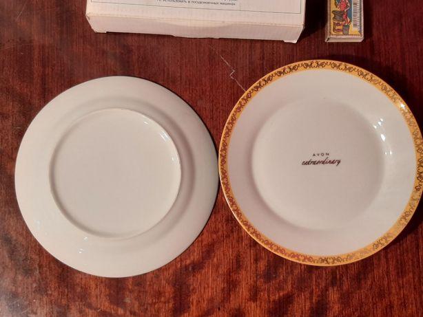 Набор тарелок от фирмы Avon