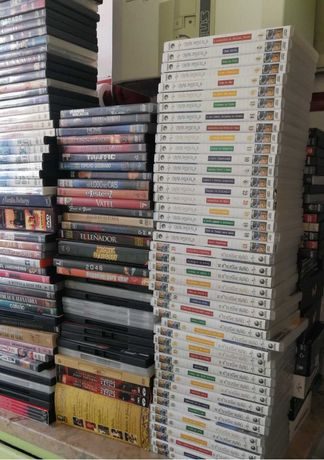 310 filmes mais 44 séries em DVD