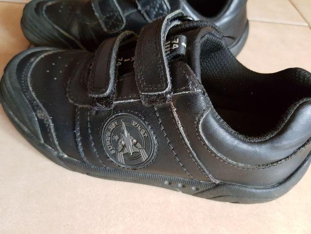 Buty skórzane Clarks świecące r.30 18,5-19cm