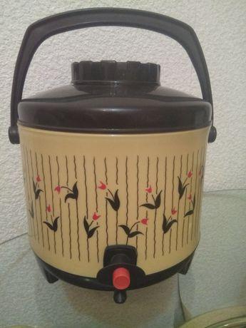Японский 4л термос для напитков, есть дозатор
